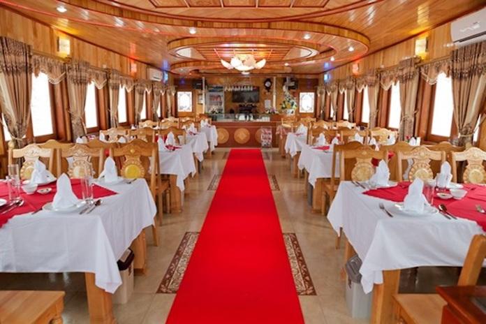 du thuyền cruise