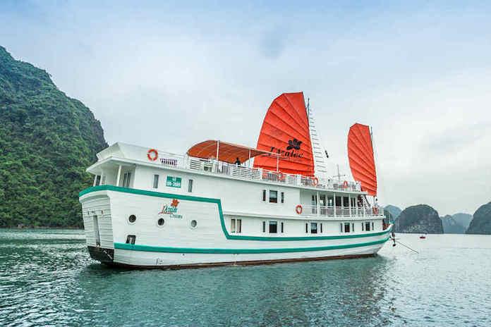 Du thuyền Hạ Long L'Azalee