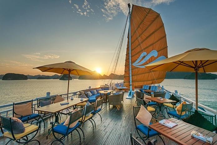 du thuyền Hạ Long paradise