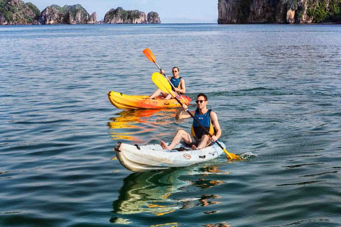 ECC_Shot_16_Kayaking_Angle_2_C5A9631_Finish recommended Halong Bay cruises