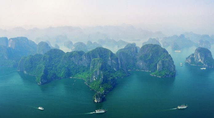 pack for your trip to halong bay