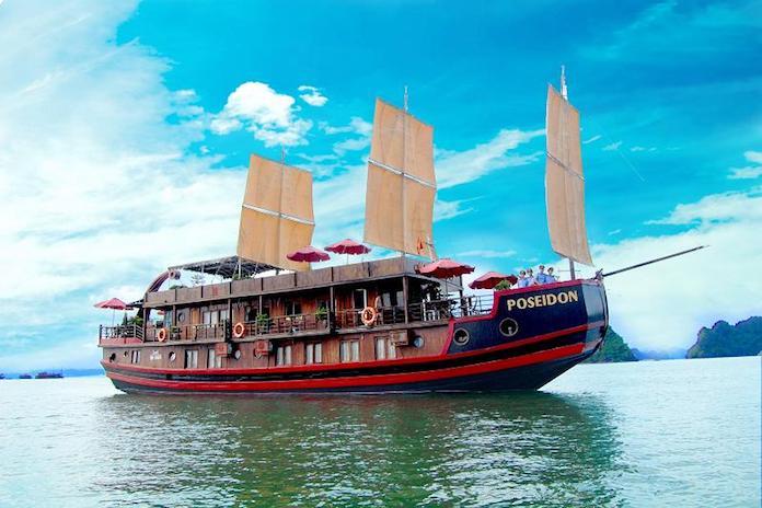 Du thuyền giá rẻ Hạ Long