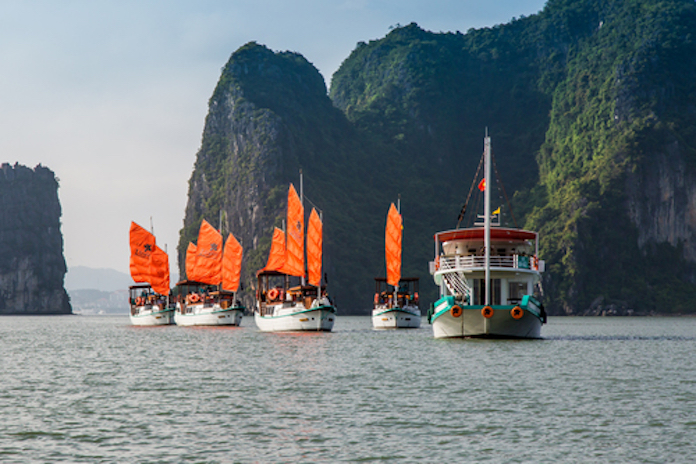 review Halong Bay trip