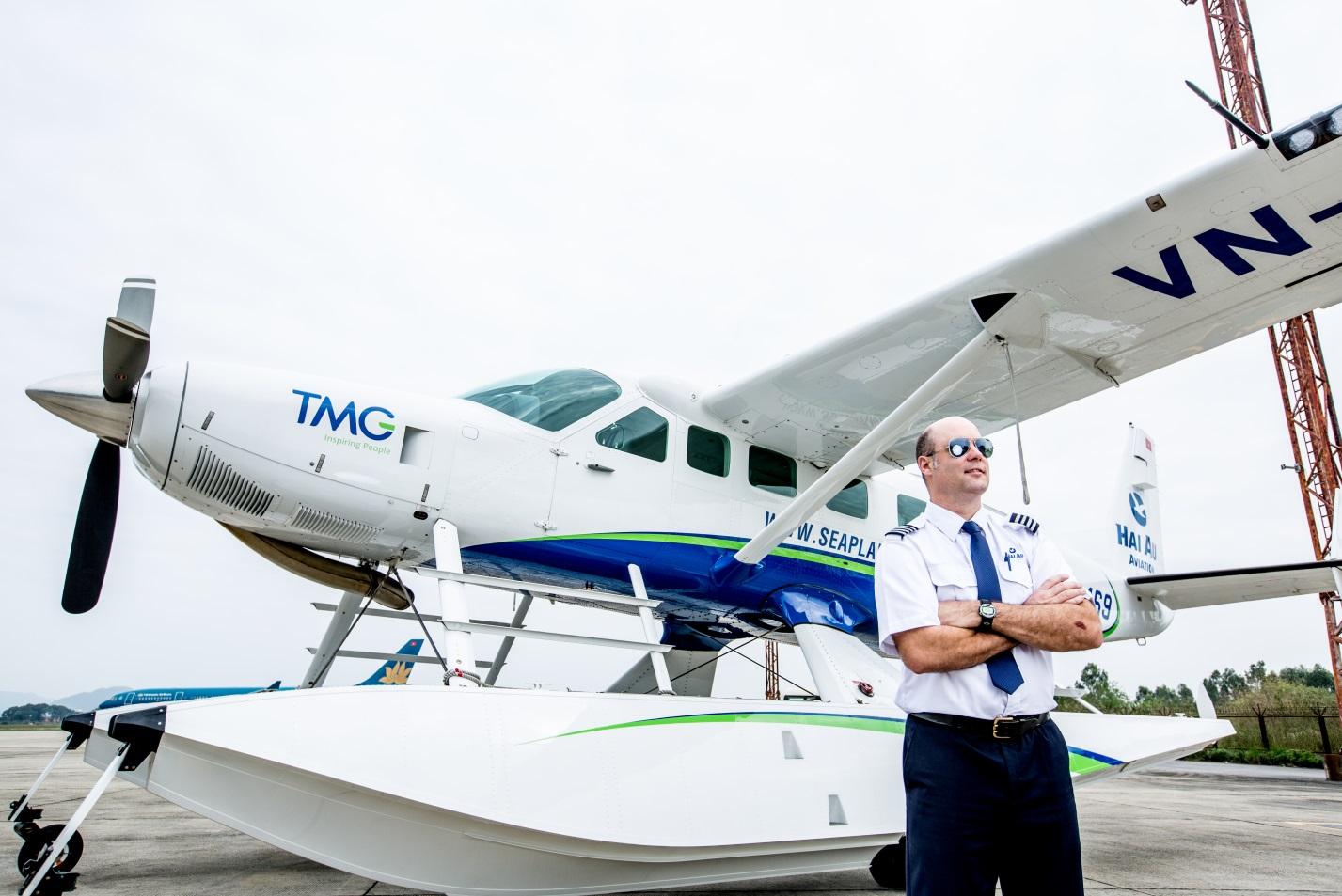Hai-Au-Aviation-seaplane-to-Halong