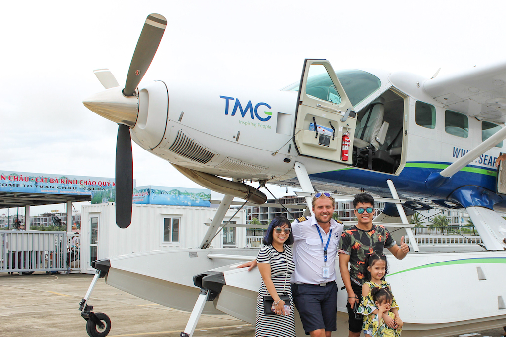 Hai Au Aviation Welcomed Vietnamese Celebrities on Board2