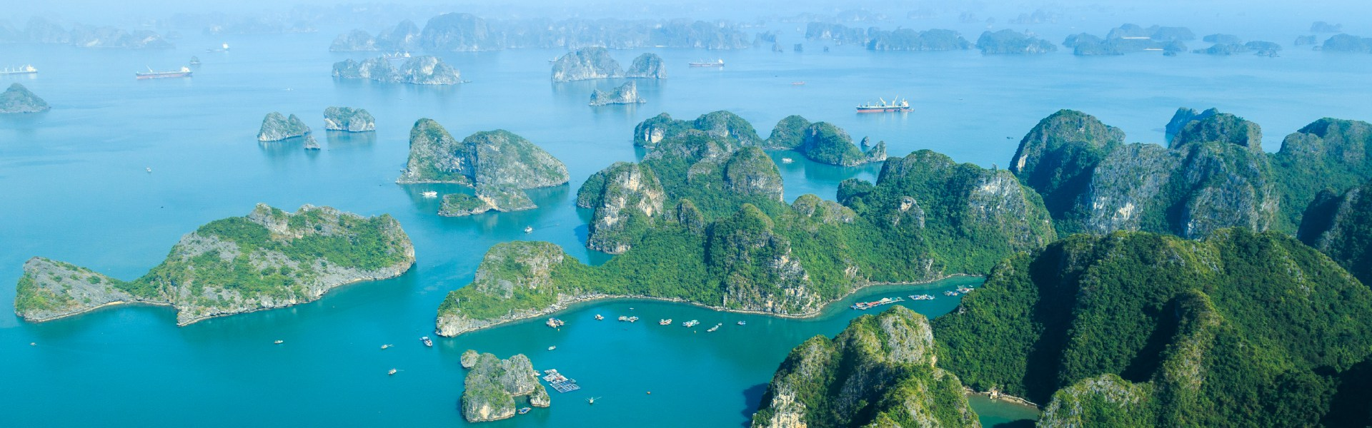 Sightseeing flight over Halong Bay
