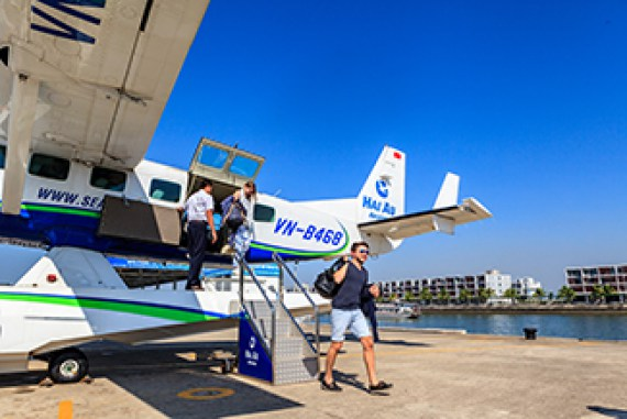 Guide to Choose Your Seaplane Service