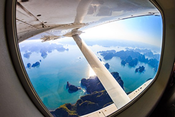 Hai Au Aviation Opens New Flight Routes in Halong Bay