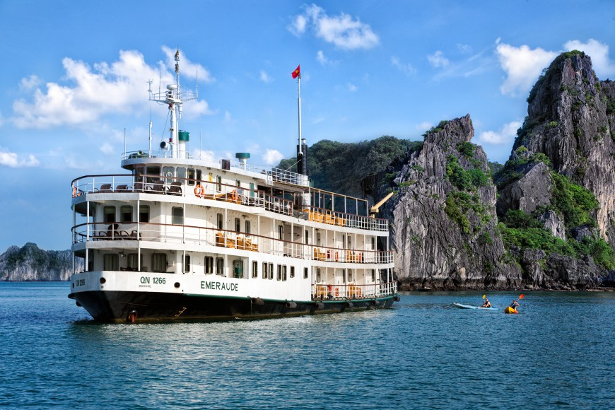 Halong Bay 2D1N: Seaplane scenic flight & Emeraude Classic Cruise